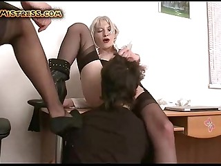 Submissive Guy Rimming femdom Ass