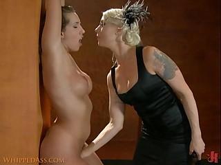 Mistress Lorelei Lee fingers her slave until she cums