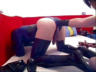 Rubber slave fisted by Mistress