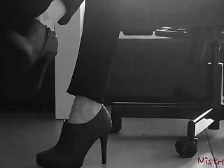 Femdom Wife gets her Shoes and Feet licked - Mistress Kym