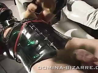 057 mercedes transformation zur gummipuppe
